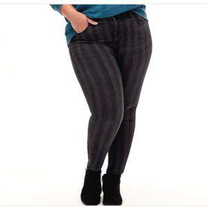 Torrid Bombshell Skinny Black Stripe Jeans